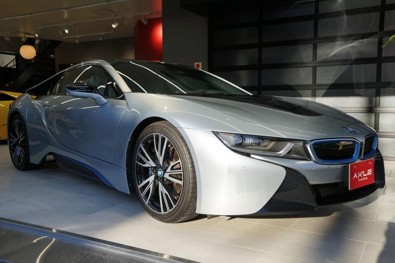 BMW i8 ピュアインパルスPKG ディーラー車 左ハンドル 1オーナー