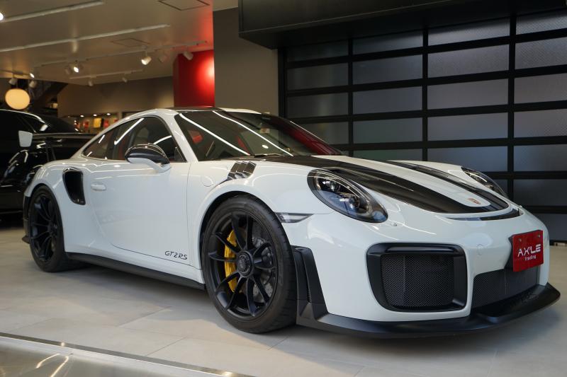 ポルシェ 911(Type991) GT2RS ヴァイザッハPKG Fリフトシステム LEDブラックヘッドライト スポーツクロノ ディーラー車 1オーナー