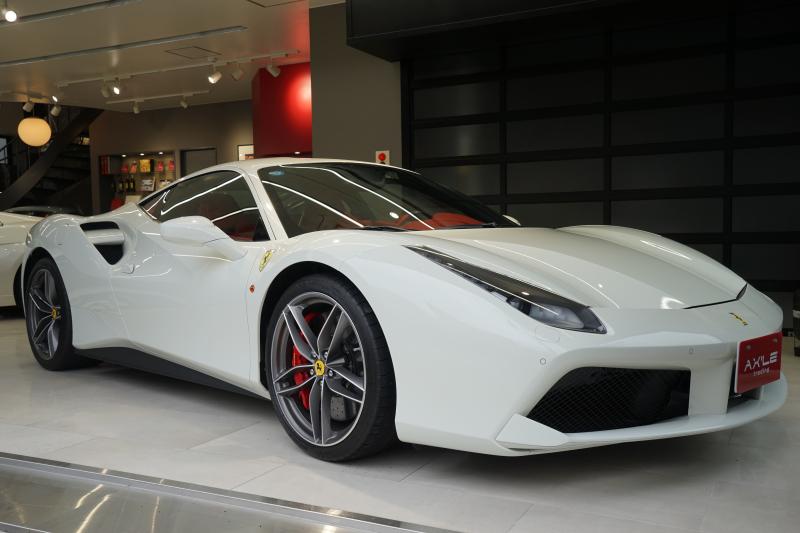 フェラーリ 488GTB デイトナスタイルカーボンバケットシート フロントリフティングシステム